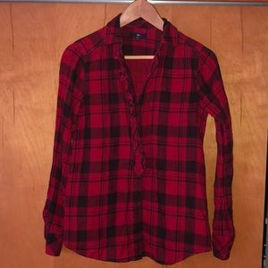 Red full button up plaid size Small